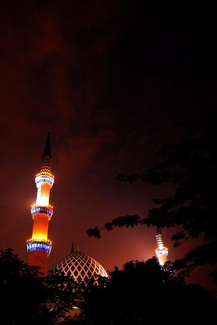 Shah Alam's Dawn