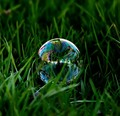 Tiny Bubble(s)