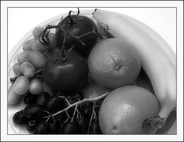 Fruta en Blanco y negro