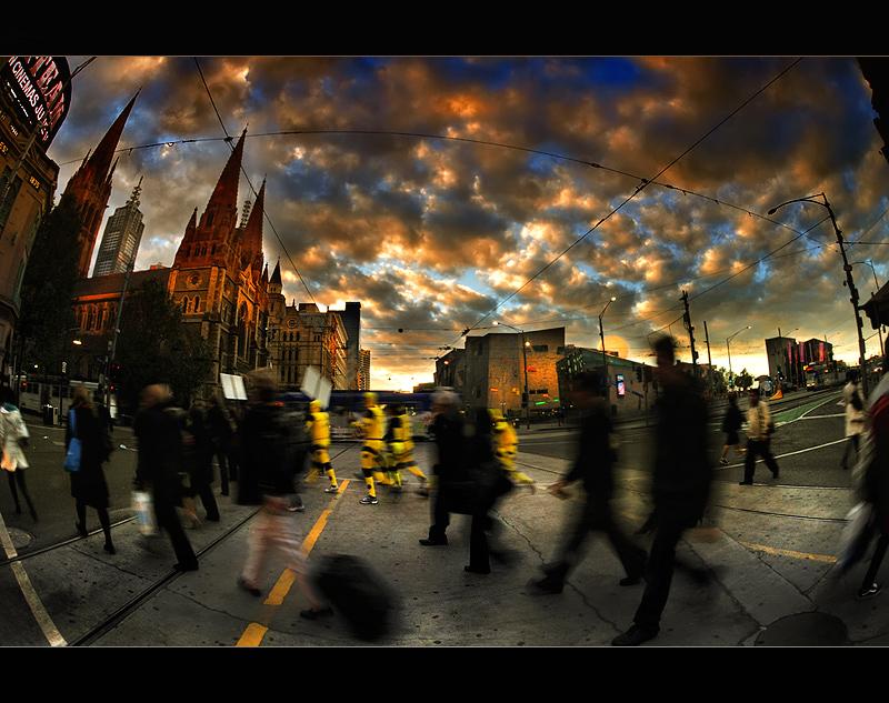 Morning Sunrise Rush : Flinders Street, Melbourne