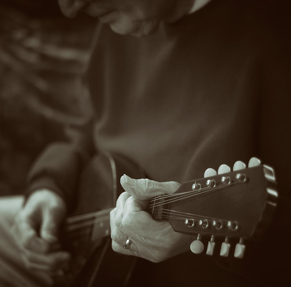 Play me a plain song.