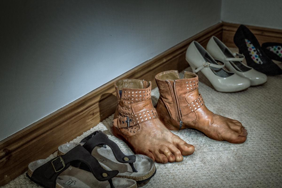 Feet's like a Glove
