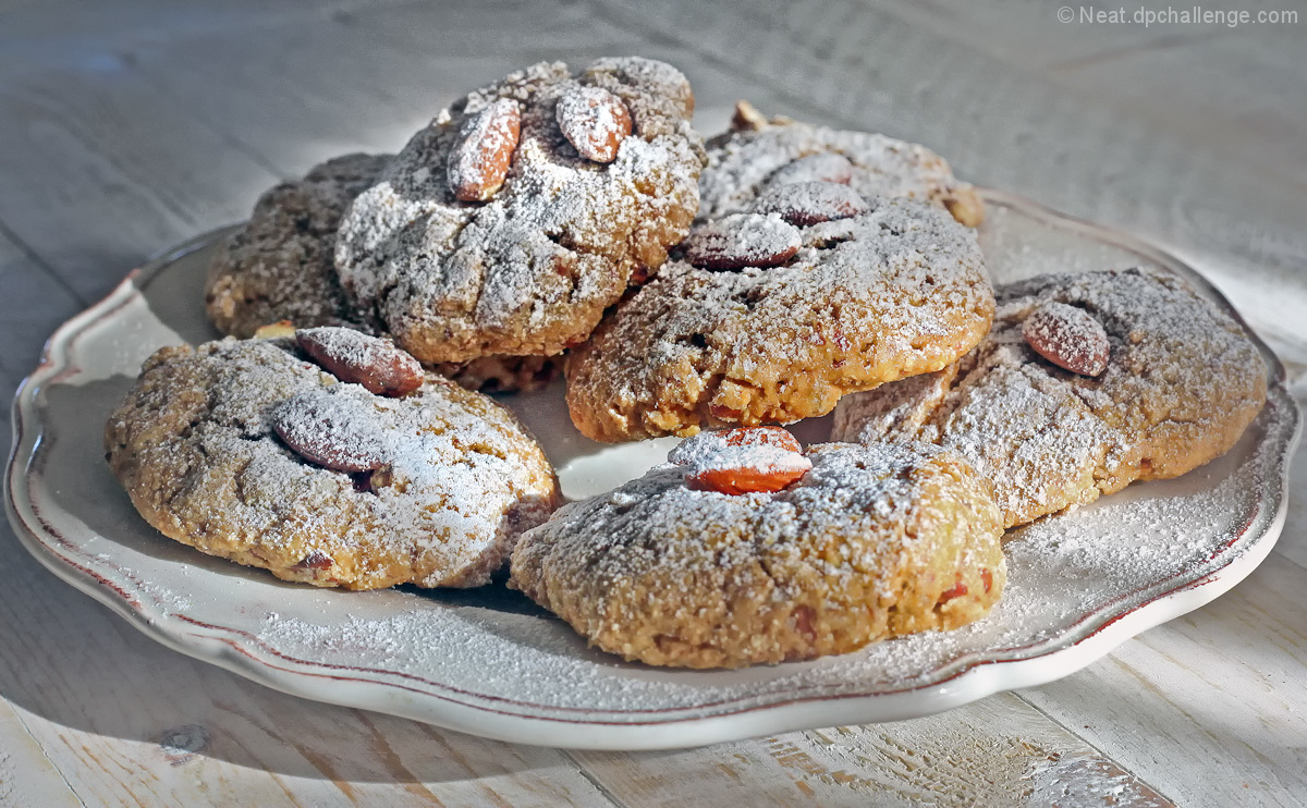 Almond and sunflower seed cookies