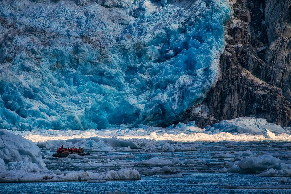 Glacier Tourists