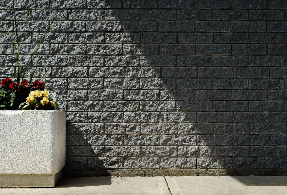 Breacking the rule of thirds