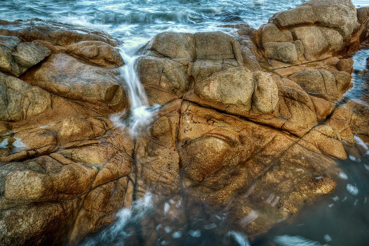 Even rocks get wrinkles