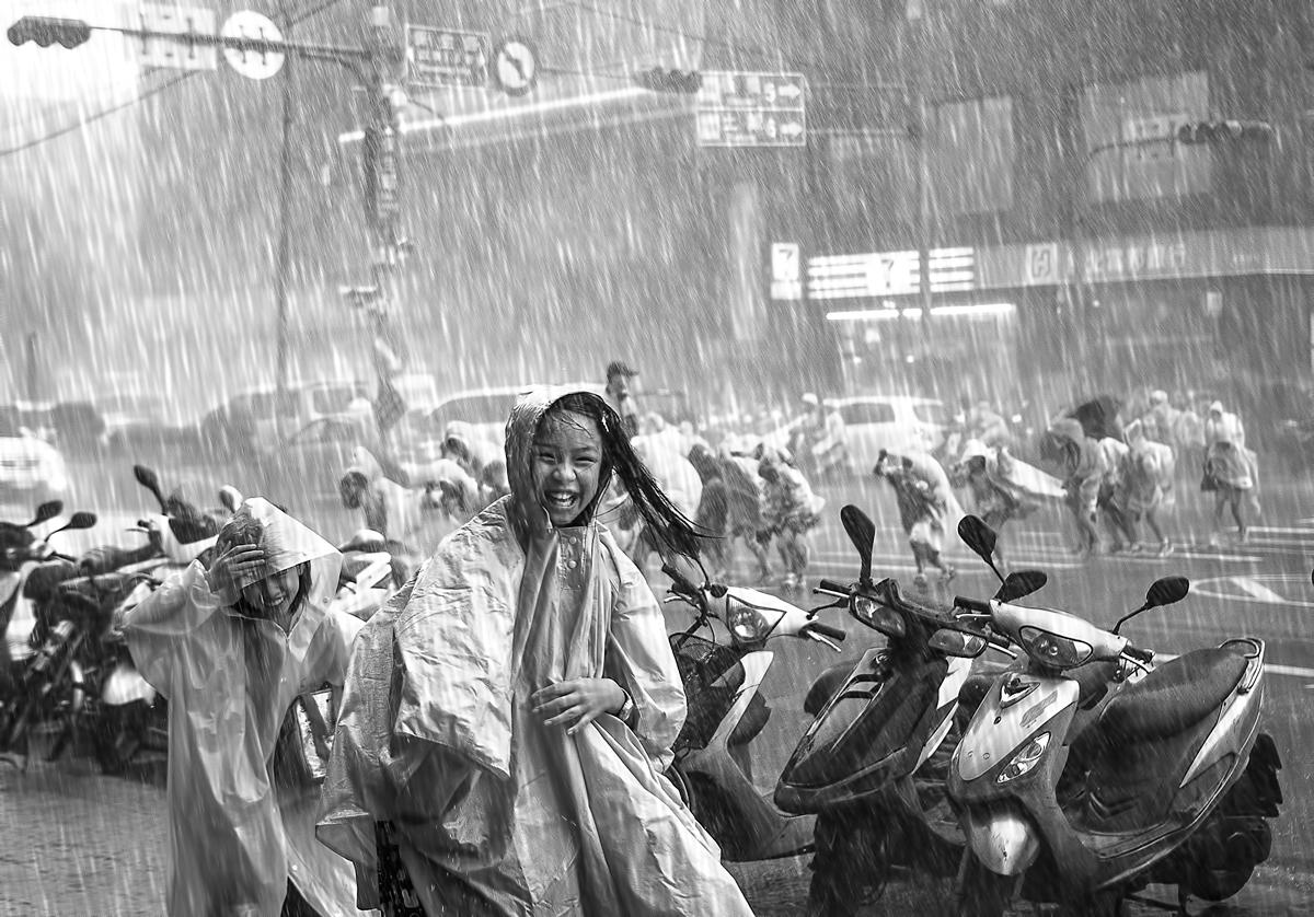 Tiffany in the rain