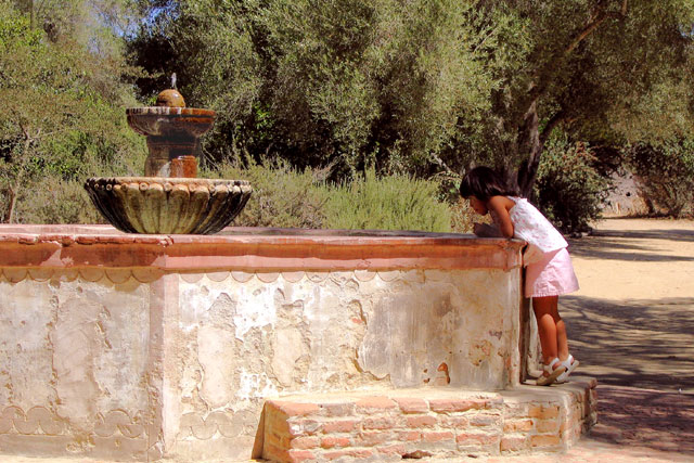 girl-at-fountain.jpg