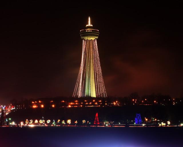 Niagara Falls Space Needle