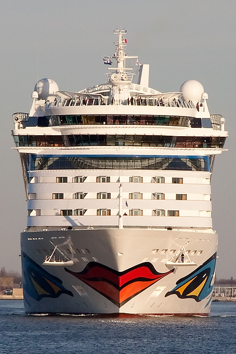 March 20 - Cruise ship