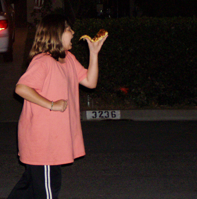 jogging to lose weight yet.....eating a pizza?