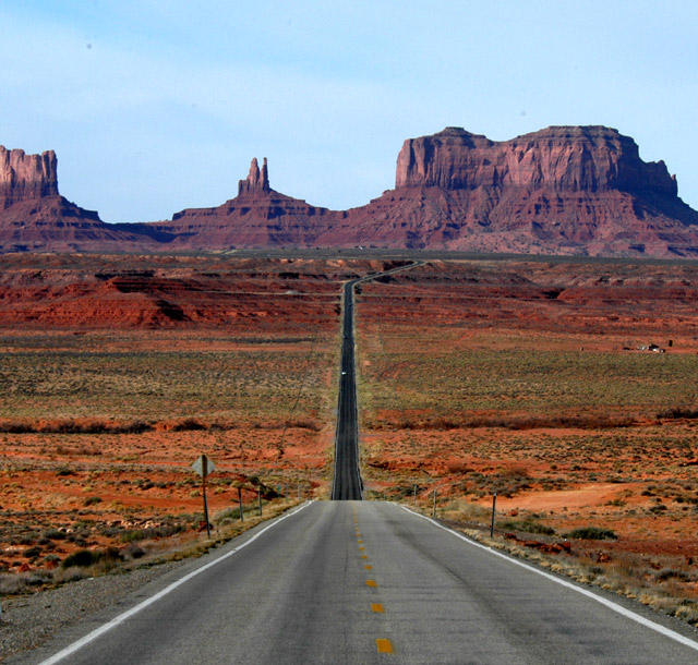 the highway to monument valley