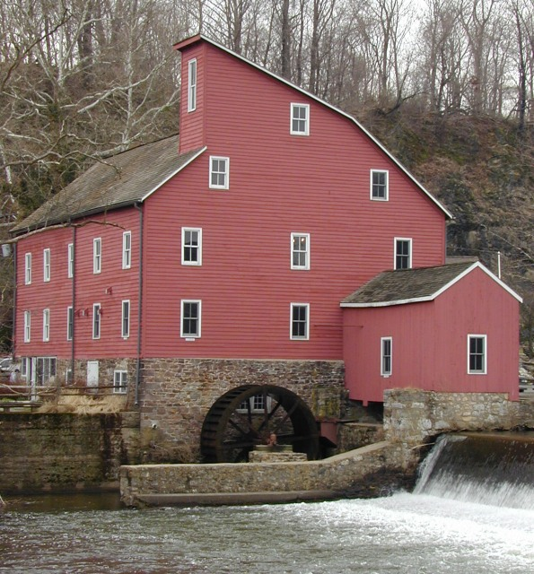 Water Wheel (Old Red Mill)