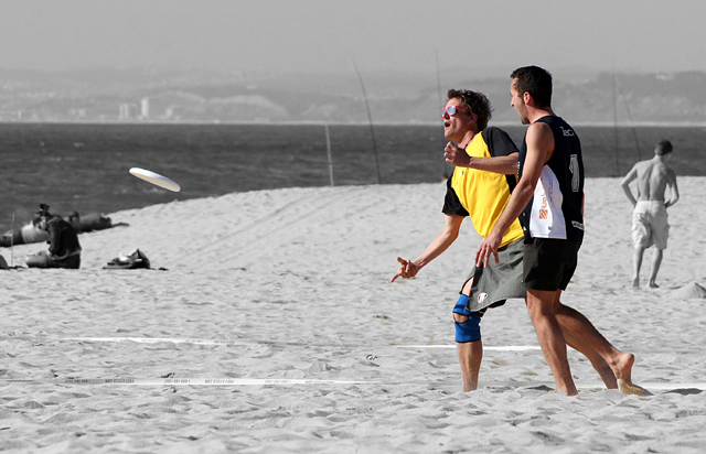 Beach Ultimate Frisbee