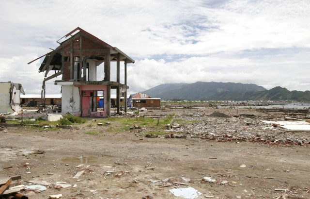 Tsunami - One year later in Aceh