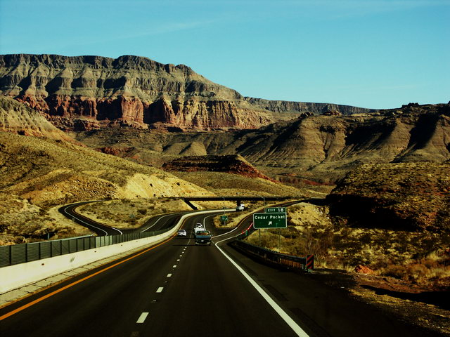 Road Thur Canyon Land