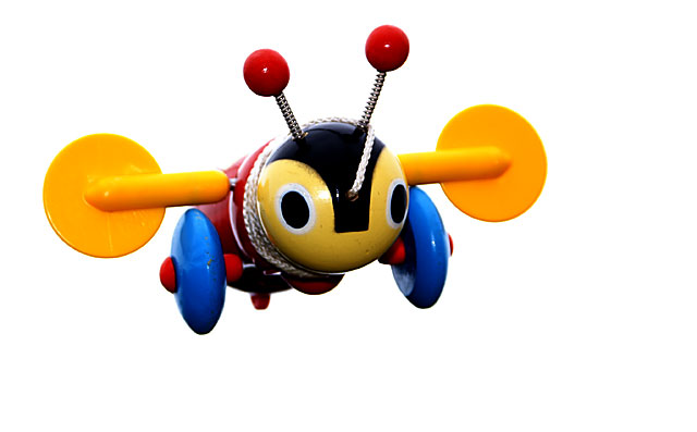 BUZZY BEE , Cleared for landing