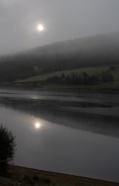 Dawn on Ladybower Resevoir