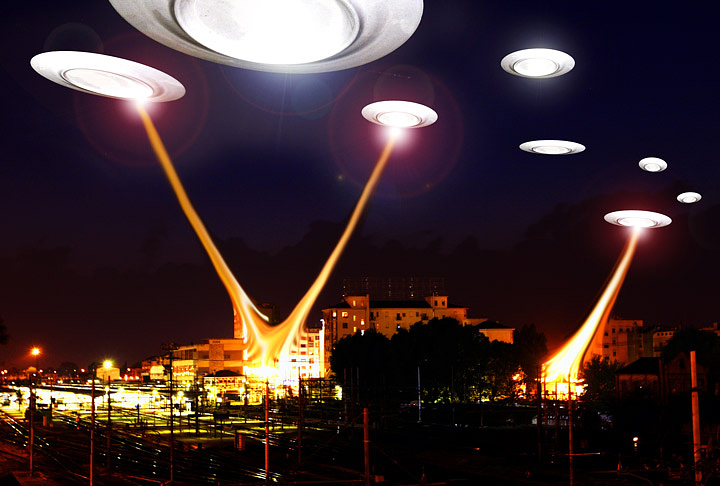 The invasion of the flying saucers