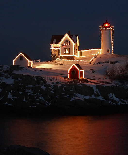 Christmas time @ Nubble Lighthouse