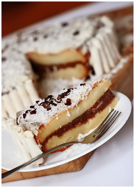 Vanilla & Chocolate Layered Cheesecake
