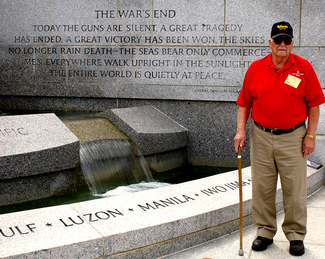 Dear WWII Veteran, thank you for your service.