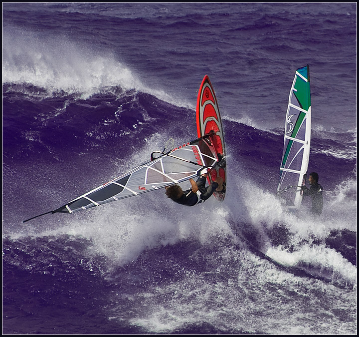 Sports Illustrated : North Shore Windsurfing