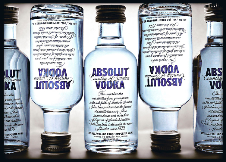 Absolut: So Good 2 out 5 Can't Resist Drinking Irresponsibly