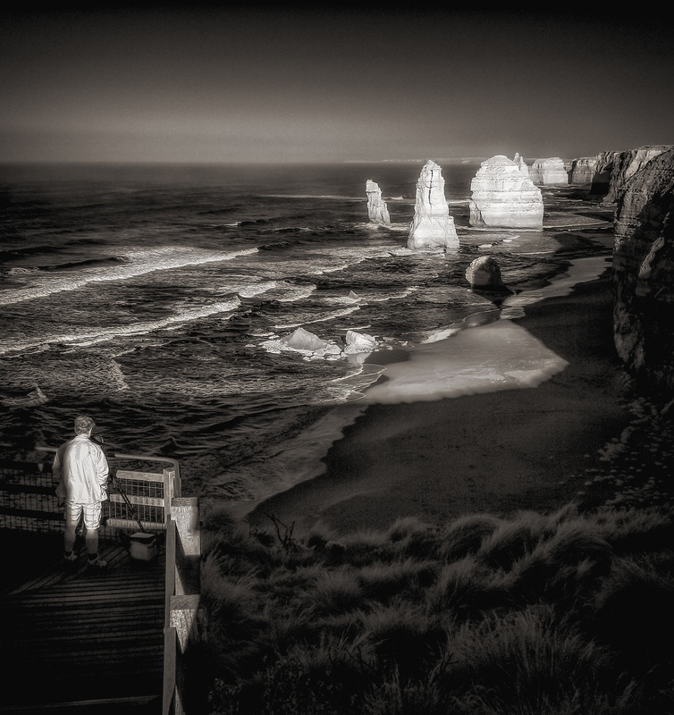Photographer and the Twelve Apostles