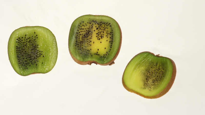 Kiwifruit slices , Great with a Pavlova or as they are