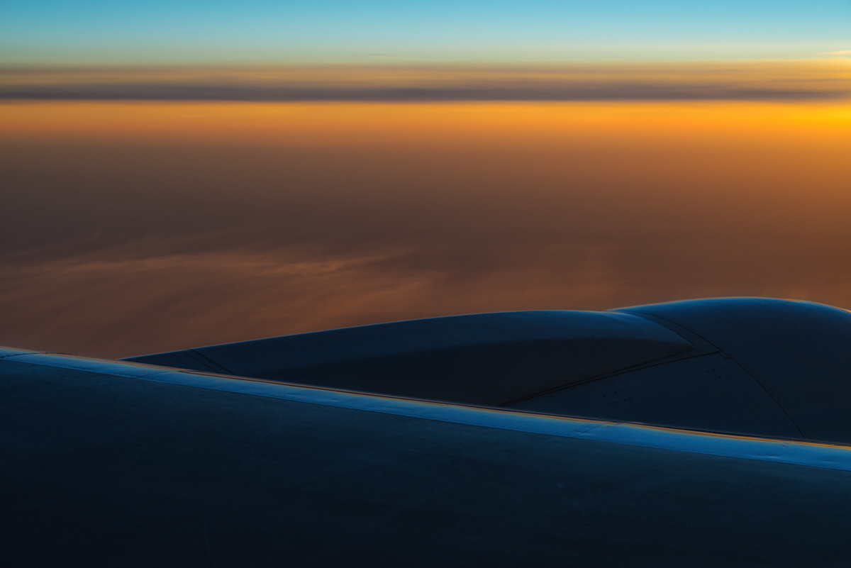 The Air up There : Daybreak at 36,000 Feet