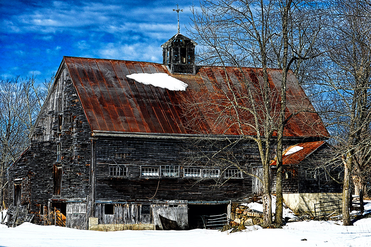 Old Barn in Limington