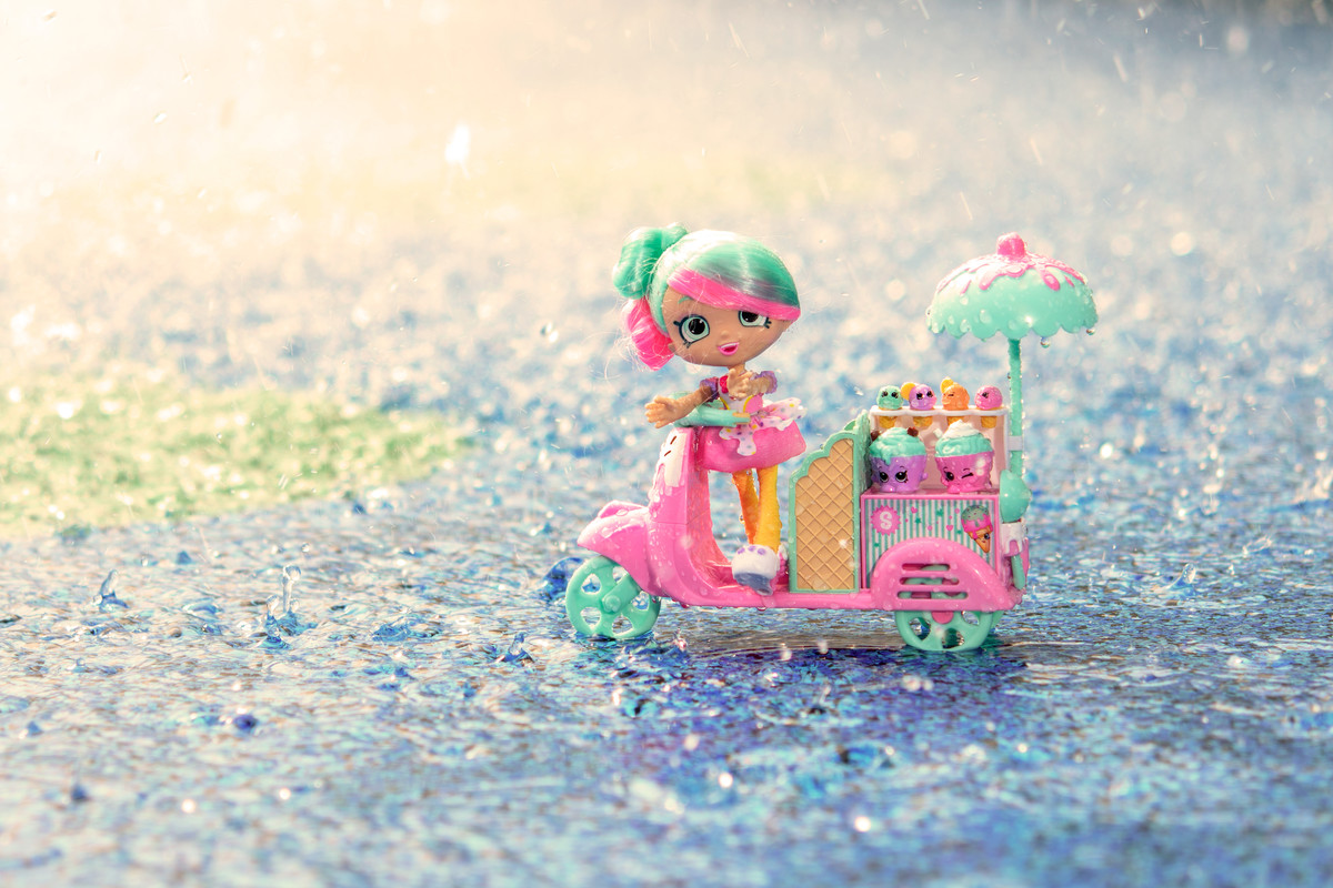 Pretty Ice Cream Seller in the Rain