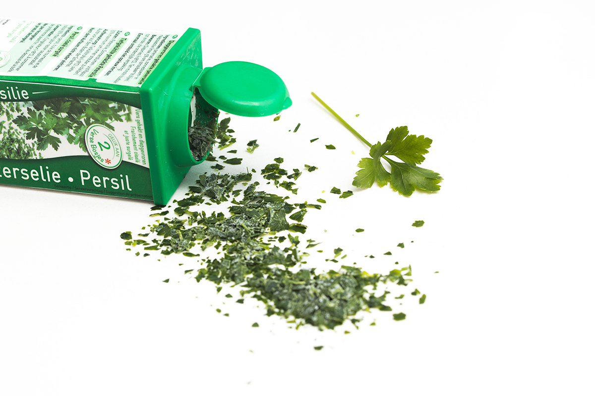 Parsley outside the box
