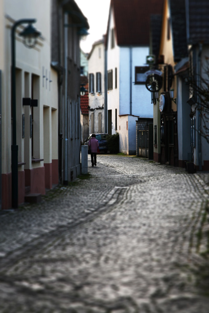 Miniature alley