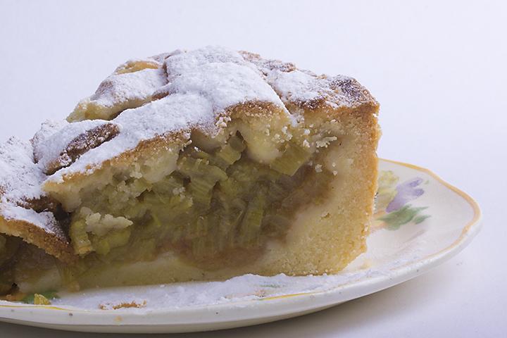 Food 22 - Rhubarb pie
