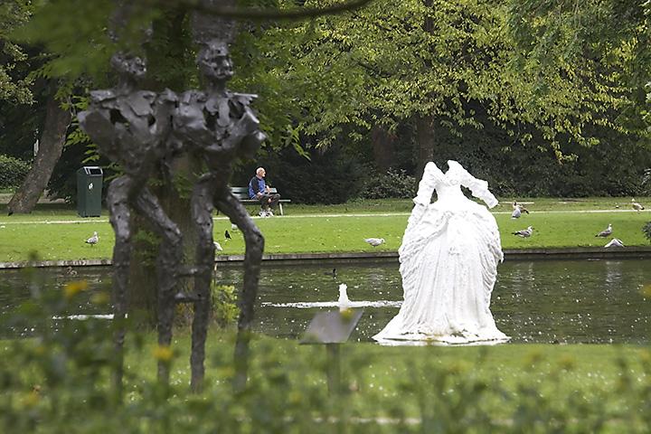 Jul 21- Art in the park
