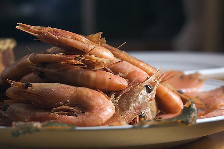 Food 33 - Gravlax and smoked shrimps