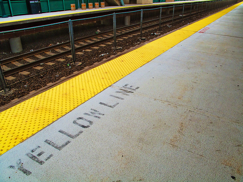 Aug 18 - Yellow Line for the Color Blind
